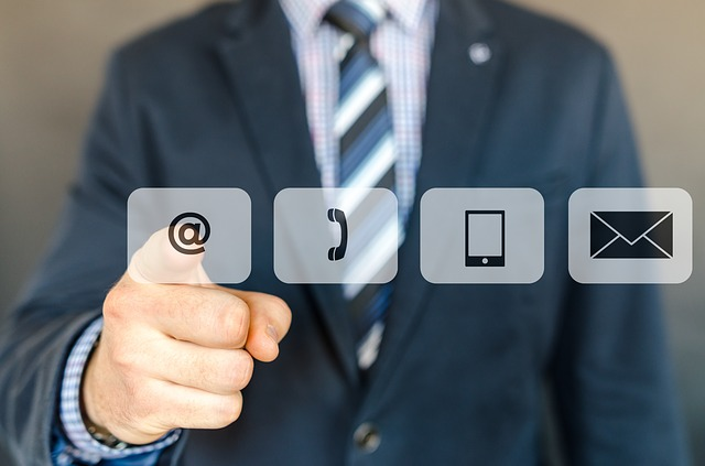 email marketing allows delivering what the customer needs, when he needs it